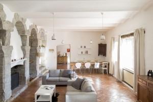 G4 Living Living Room