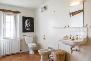 l2 Badkamer Shared Bathroom